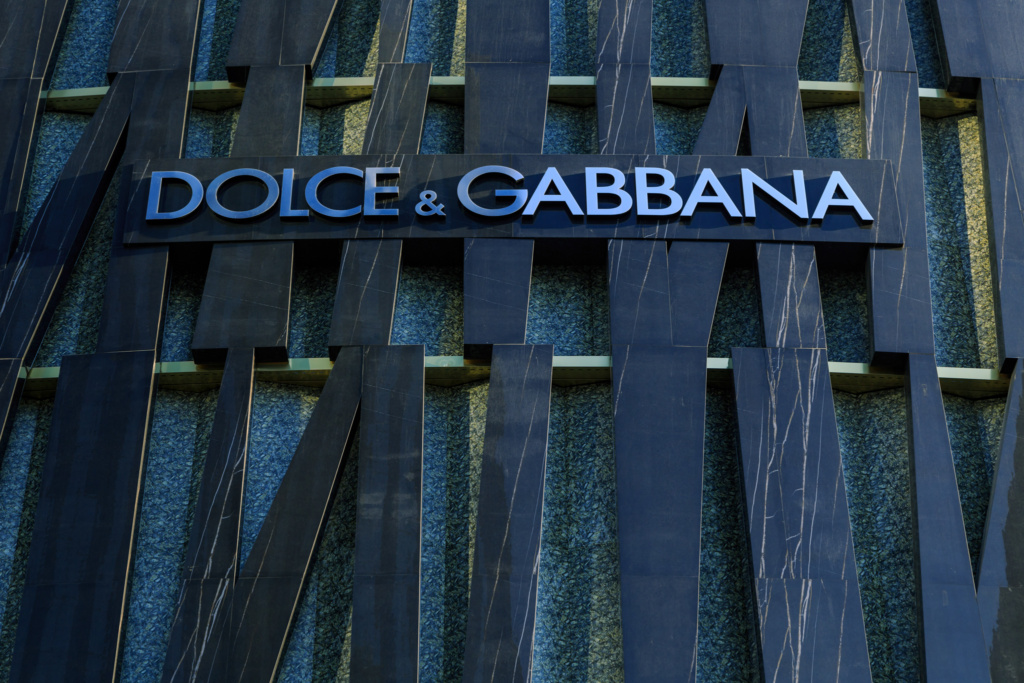 Dolce and Gabbana Exterior DXB Mall - 12